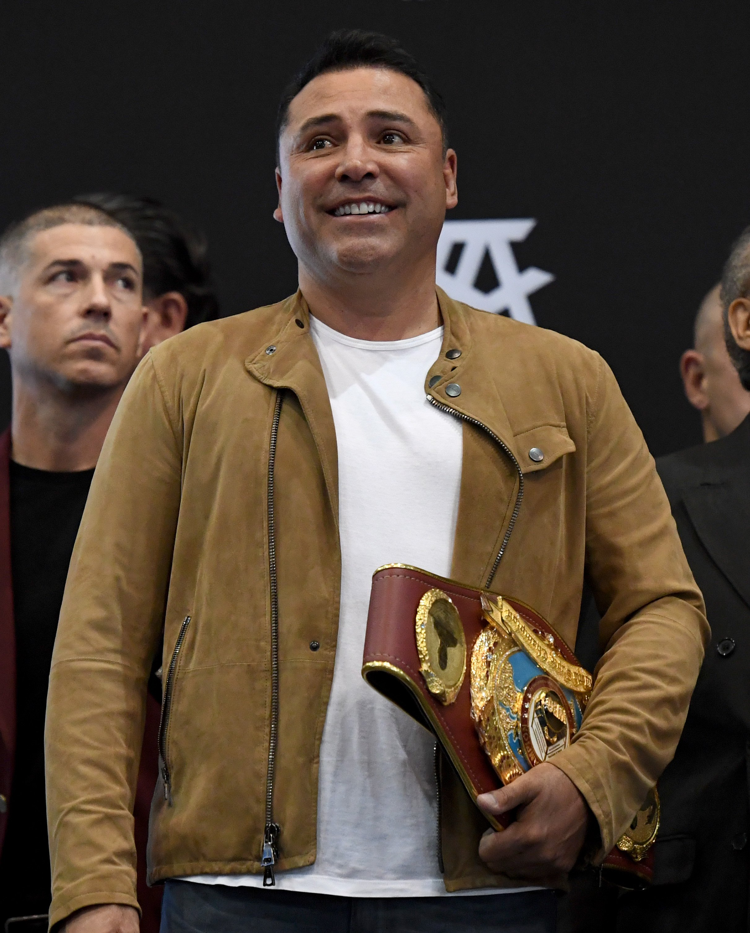 Boxing champion, Oscar De La Hoya was unveiled as 'Zebra' in this week's episode of 'The Masked Dancer.' | Photo: Getty Images.