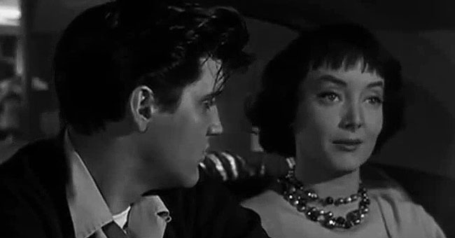 Here's Why Carolyn Jones Didn't Want Elvis Presley to Kiss Her While Filming 'King Creole'