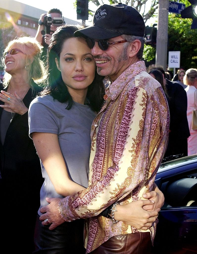 Billy Bob Thornton und Angelina Jolie bei der Weltpremiere von Jerry Bruckheimer Films 'Gone in 60 Seconds' von Touchstone Pictures in Westwood, CA im Jahr 2000. (Foto von Chris Weeks / Liaison) I Quelle: Getty Images