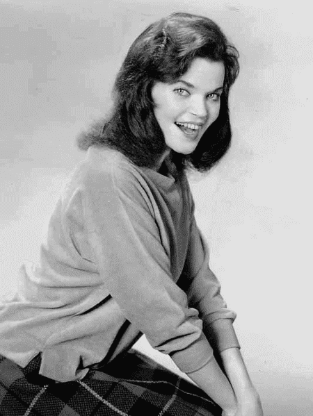 Publicity photo of Eileen Brennan, 1963. | Source: Wikimedia Commons