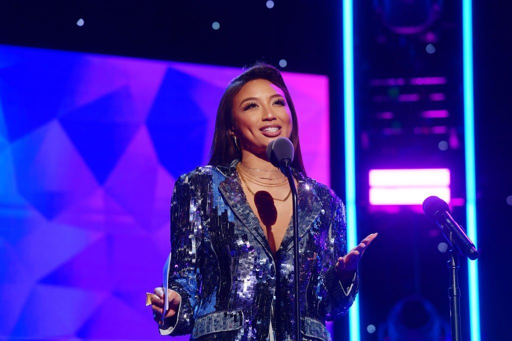 Jeannie Mai speaks onstage during the 2nd Annual American Influencer Awards at Dolby Theatre | Photo: Getty Images