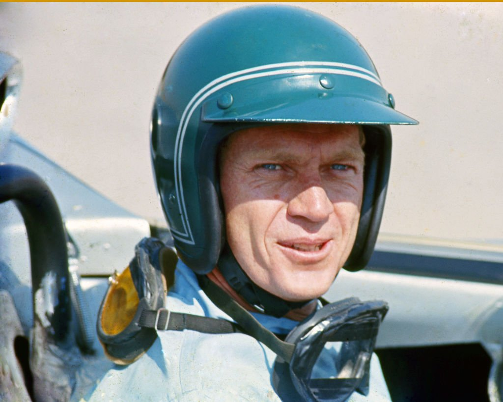 Actor Steve McQueen in a Firestone racing driver suit at Riverside Raceway California, circa 1966. | Photo: Getty Images
