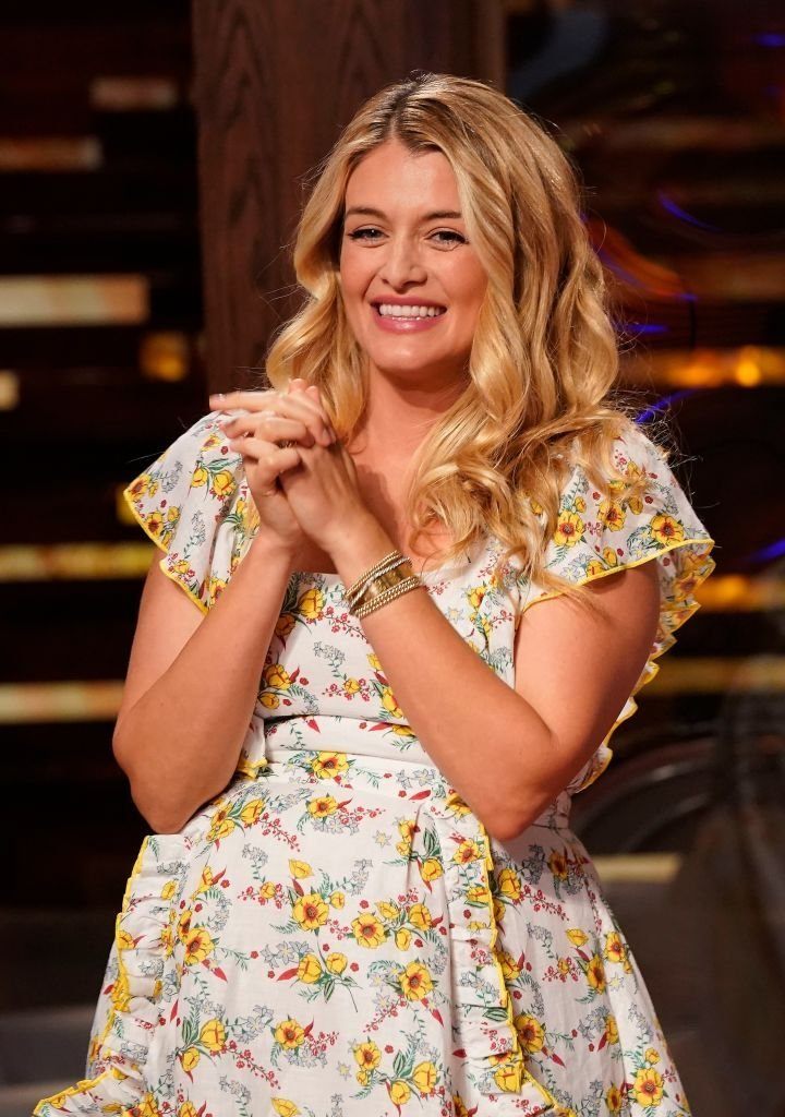 Guest judge Daphne Oz on the set of One Pan Wonder episode of MASTERCHEF. | Photo: Getty Images
