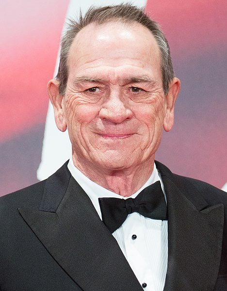 Tommy Lee Jones the Jury President at Opening Ceremony of the Tokyo International Film Festival 2017. | Source: Wikimedia Commons