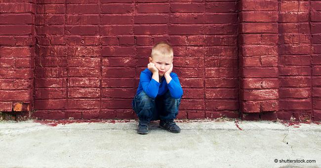 Pequeño niño quedó desconsolado cuando visitó a sus héroes bomberos y estaban cerrados