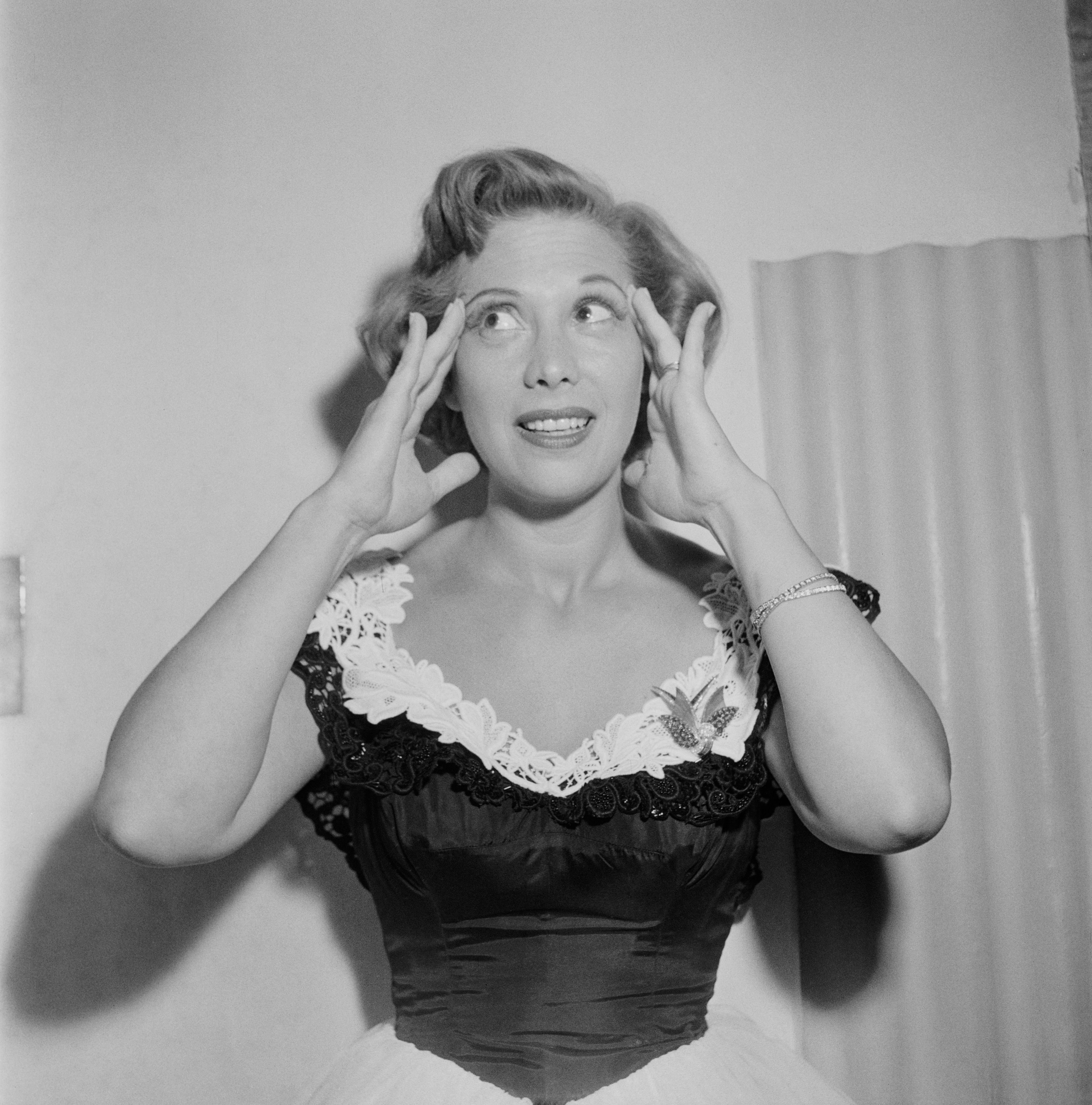 A portrait of American actress and singer Dinah Shore in September 1948.   Photo: Getty Images