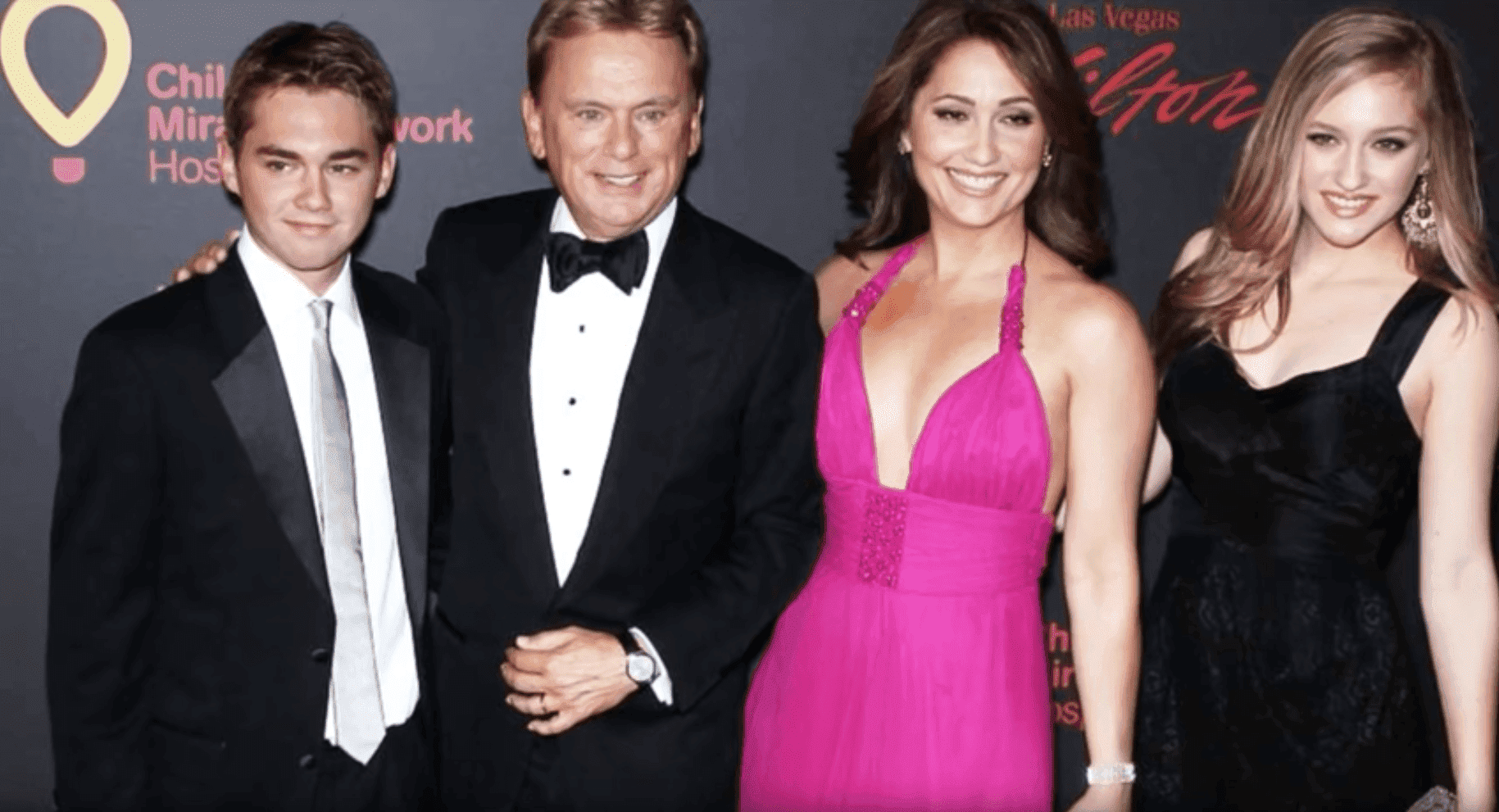 Pat Sajak and family. l Image: YouTube/ Celebrity Net Worth.