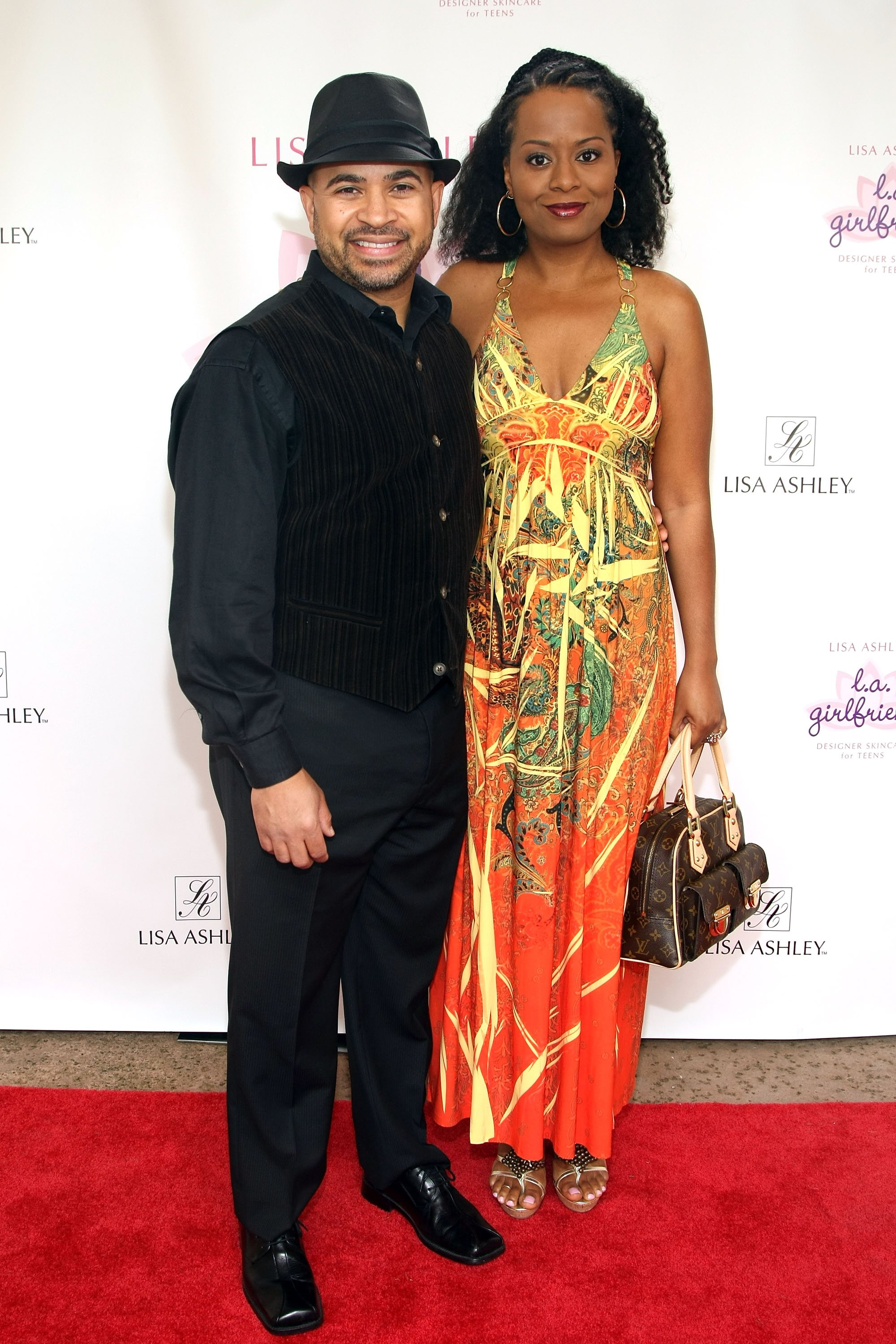 """Darryl Bell and Tempestt Bledsoe at the launch of """"Househusbands of Hollywood"""" on 29 March, 2009 in Westlake Village, California 