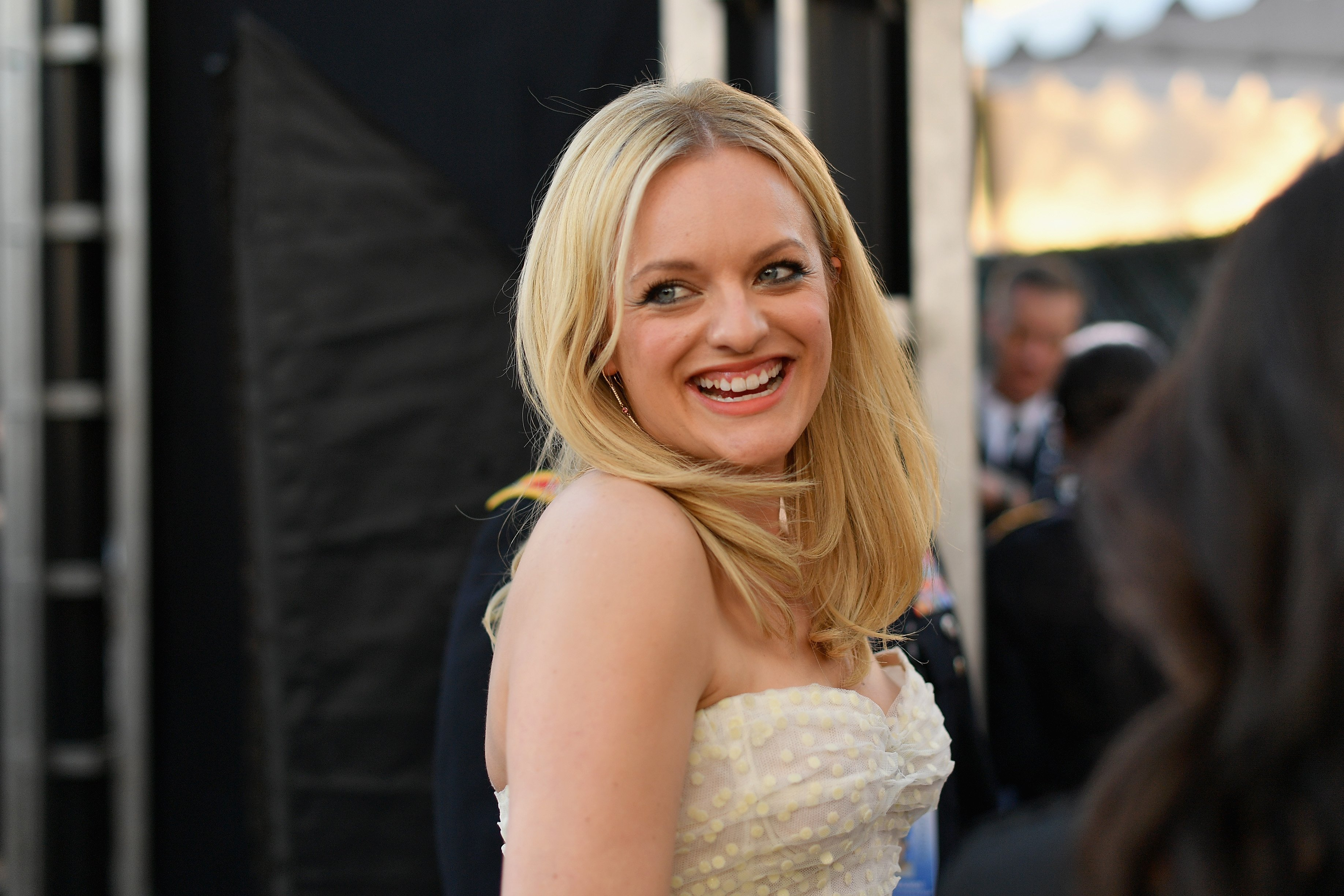 Elisabeth Moss attends the 25th Annual Screen Actors Guild Awards in Los Angeles on January 27, 2019 | Photo: Getty Images