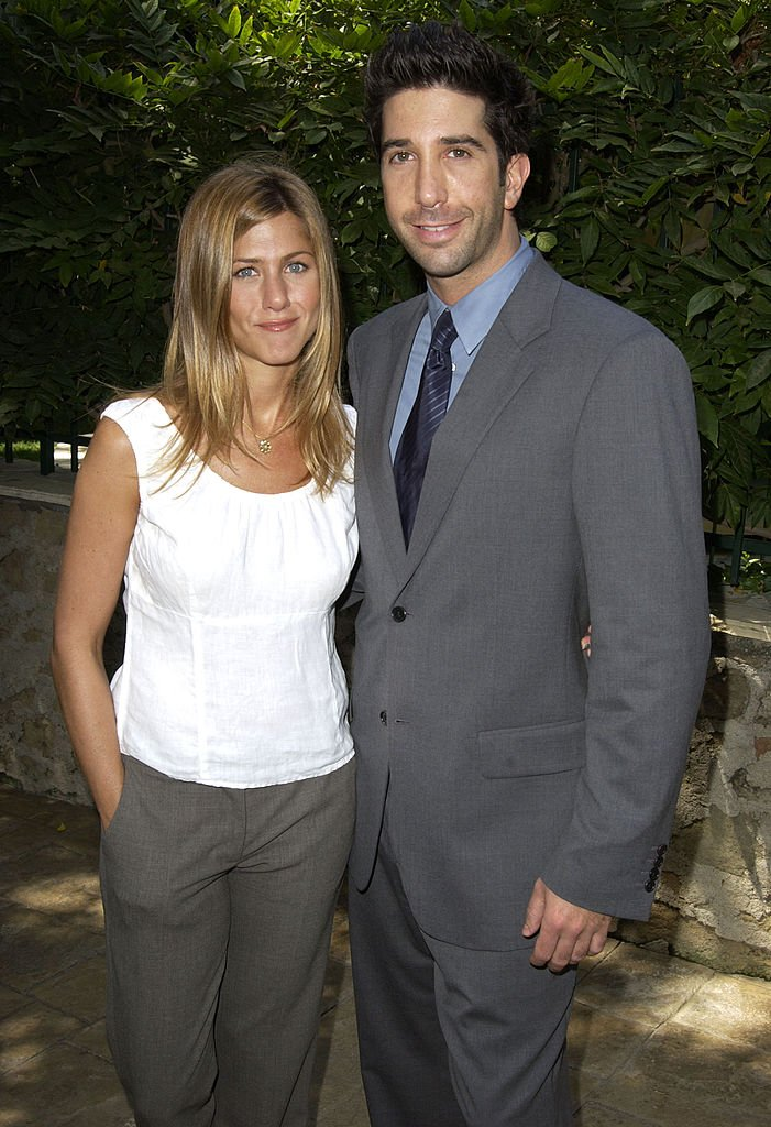 Jennifer Aniston and David Schwimmer at the annual benefit for the Rape Treatment Center(RTC) on September 16, 2003 | Photo: Getty Images