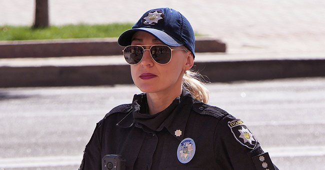 Daily Joke: Blonde Cop Pulls over Another Blonde and Asks for Her Drivers License