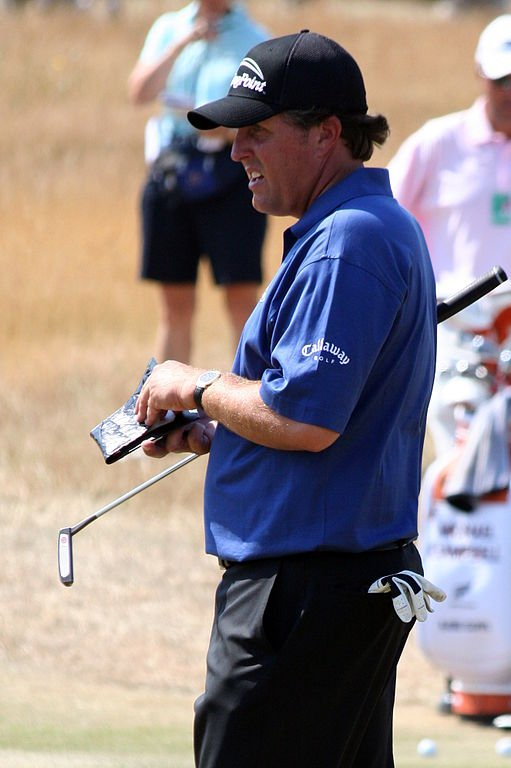 Phil Mickelson at the 2006 US Open at Winged Foot Golf Club West Course in Mamaroneck, New York| Source: Wikimedia Creative Commons/ Steven Newton