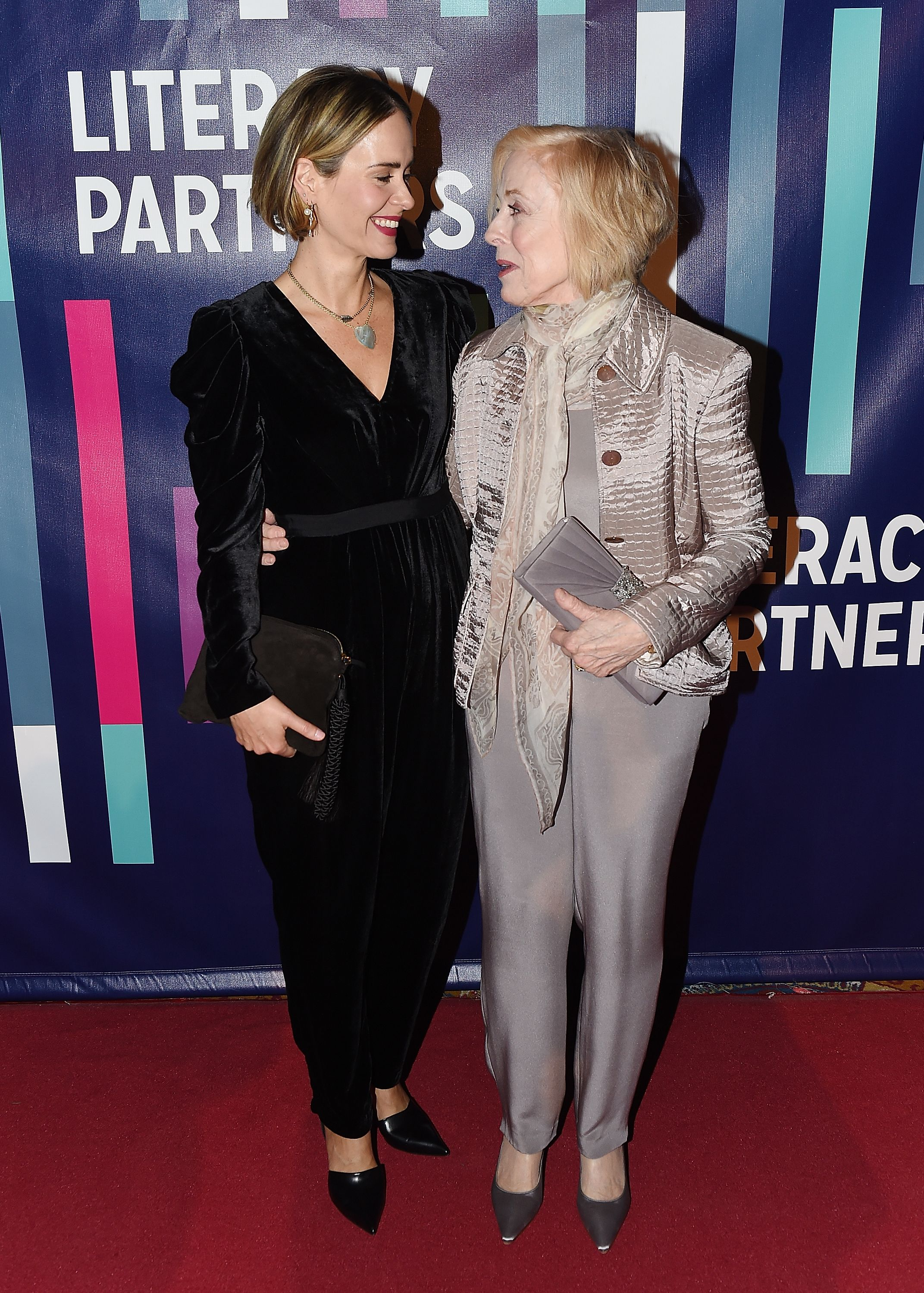 Sarah Paulson and Holland Taylor attend the 2018 Literacy Partners Gala. | Source: Getty Images