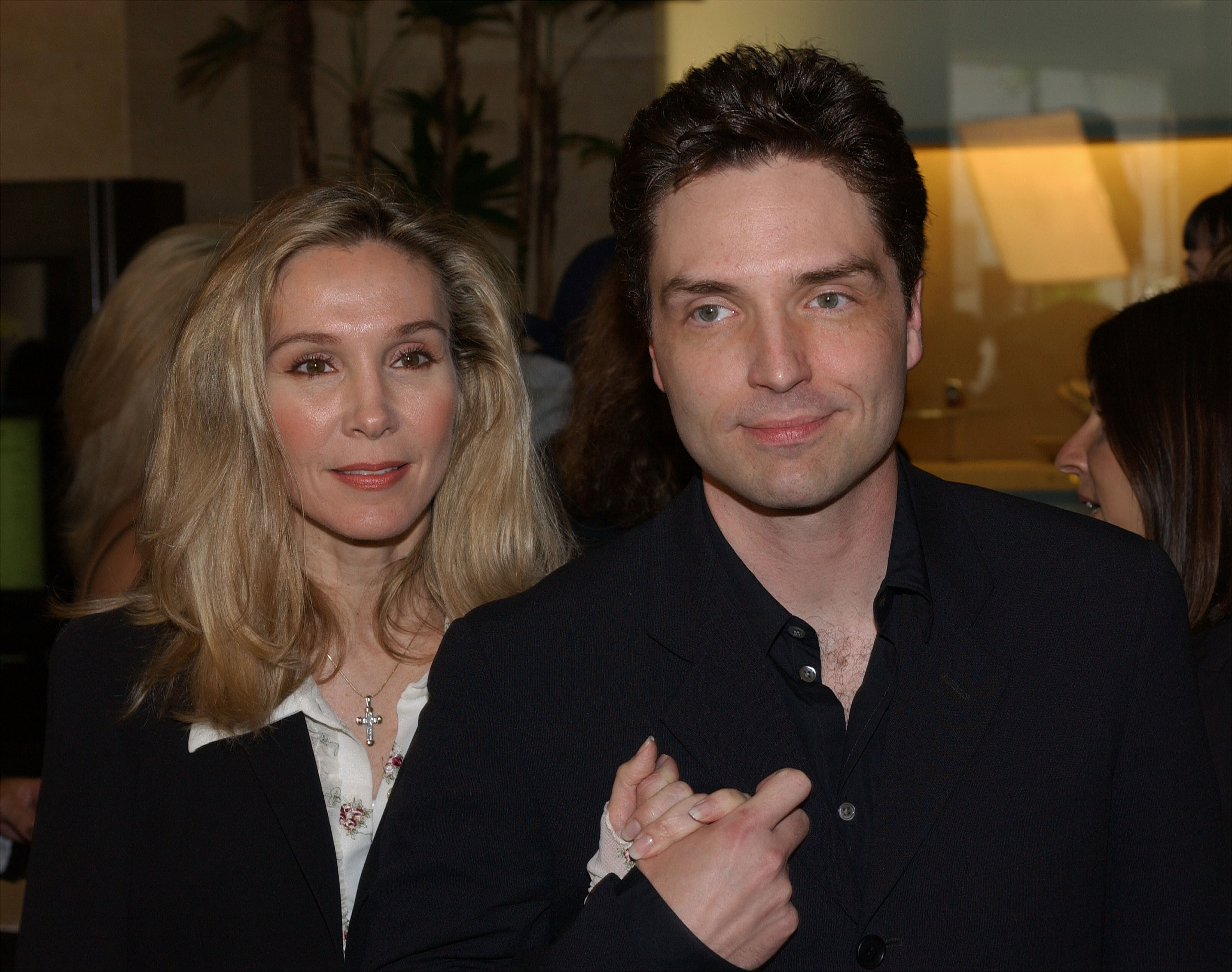 Richard Marx and his wife Cynthia Rhodes attend the 19th Annual ASCAP Pop Music Awards May 20, 2002 | Photo: GettyImages