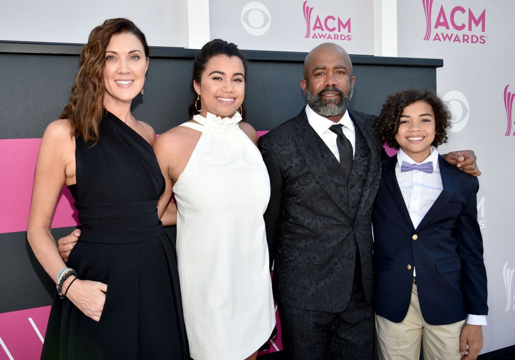 Beth Leonard, Daniella Rose, Rucker, Darius Rucker, and Jack Rucker attend the 52nd Academy Of Country Music Awards at Toshiba Plaza on April 2, 2017 | Photo: Getty Images