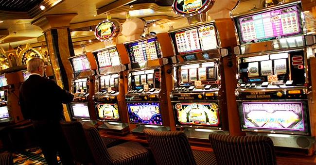 Les Sables-d'Olonne : une femme mise 50 euros au casino et remporte plus de 50 000 euros