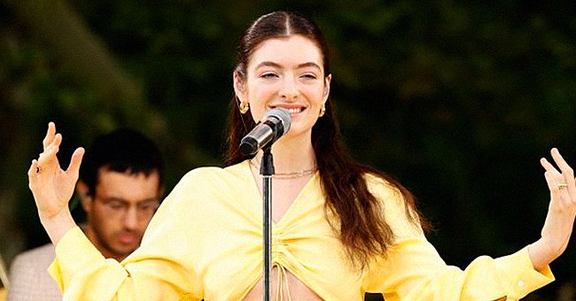 Lorde performs on Good Morning America, August 2021 | Photo: Getty Images