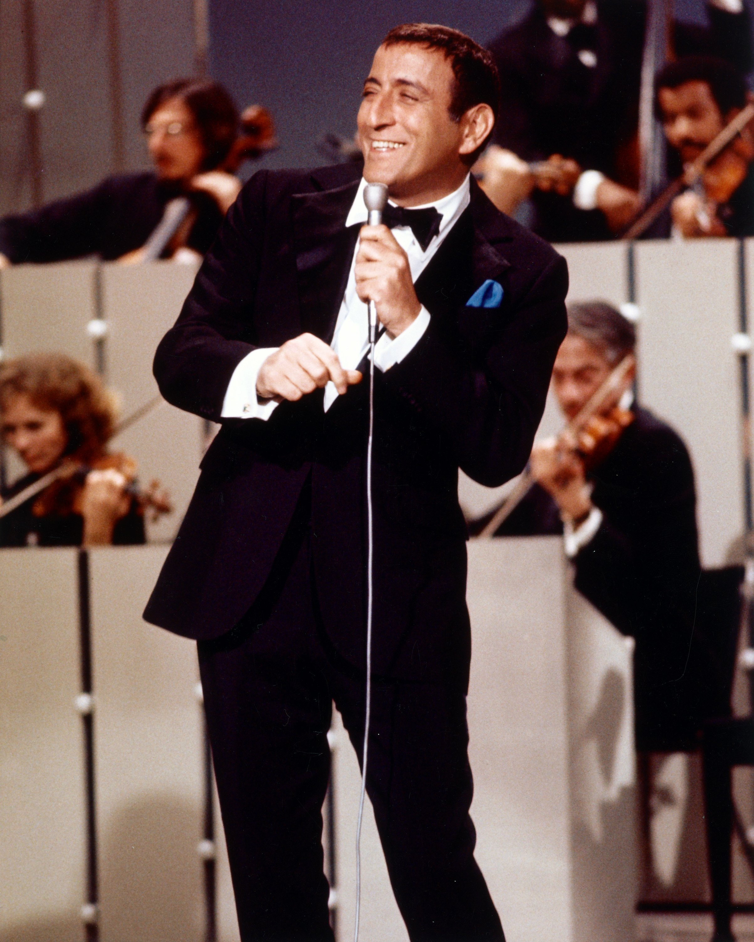 American singer Tony Bennett, circa 1965. | Source: Getty Images