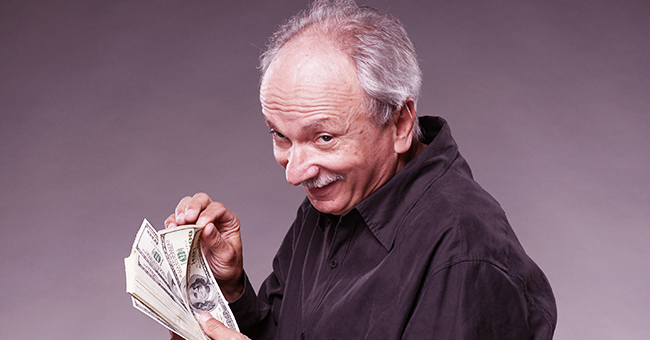 Daily Joke: The IRS Decides to Audit Grandpa and Summon Him to Their Offices