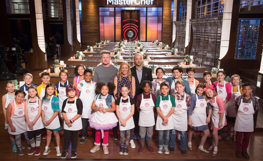 "The Top 24 contestants with host / judge Gordon Ramsay and judges Christina Tosi and Joe Bastianich of ""Masterchef Junior"" 