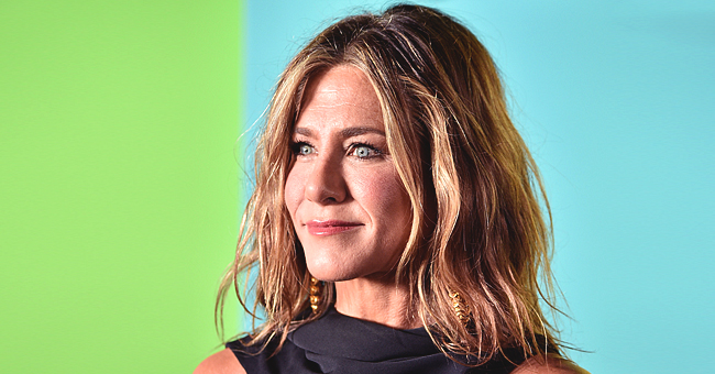Jennifer Aniston Wore Her Naturally Wavy Hair at 'The Morning Show' World Premiere