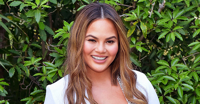 Chrissy Teigen Has Witty Response after Being Mom Shamed over Luna's Nail Polish
