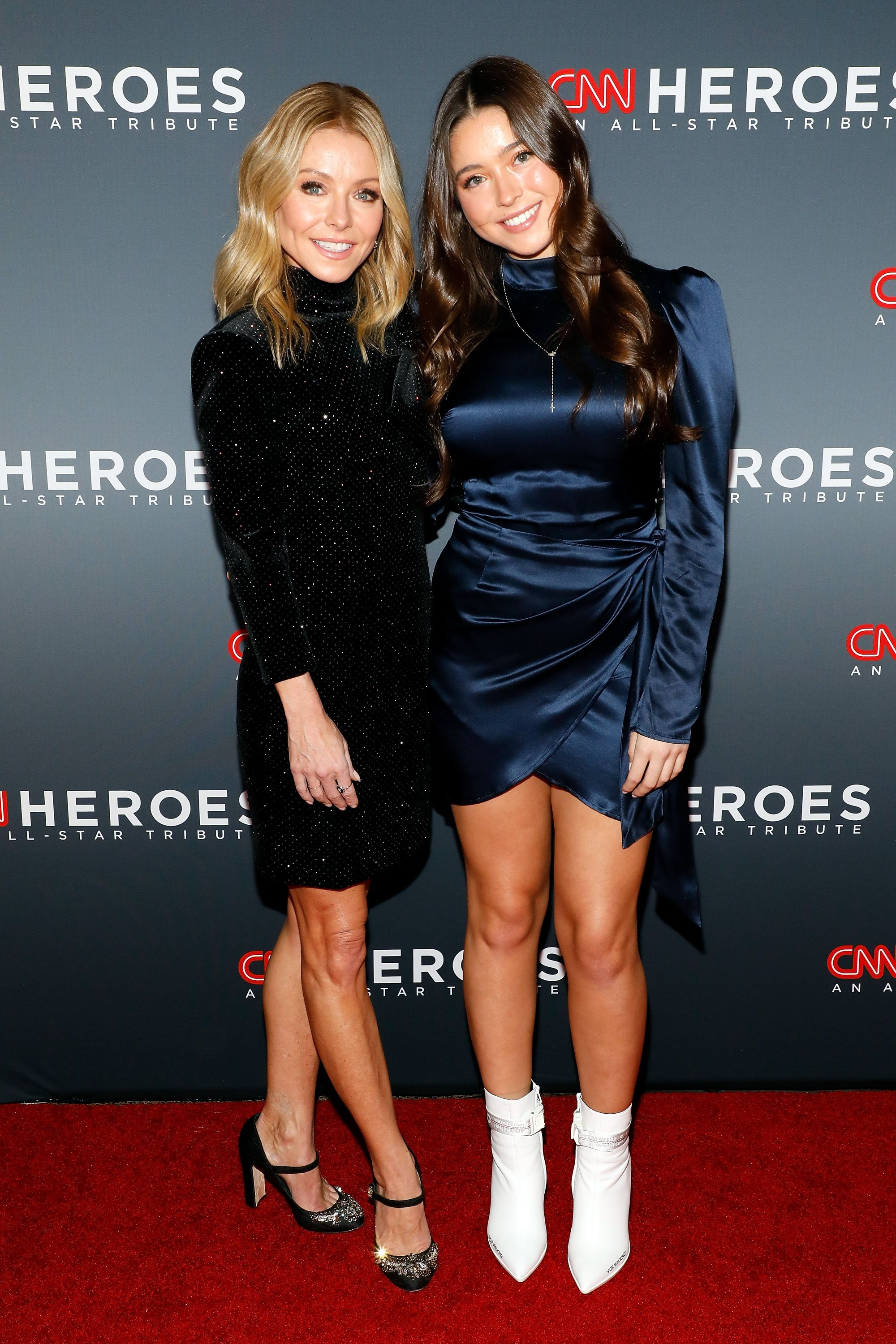 Kelly Ripa and her daugher Lola Consuelos at the 13th Annual CNN Heroes Gala on December 8, 2019 | Getty Images