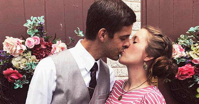 Jill Duggar & Husband Derick Dillard Celebrate 1,934 Days of Marriage & Share a Kiss in Sweet Pics