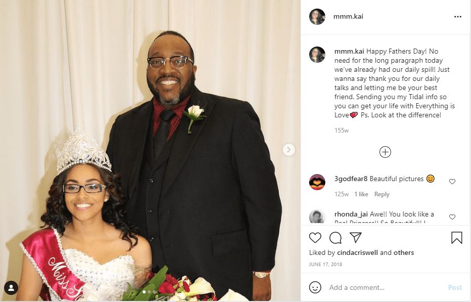 Bishop Marvin Sapp's daughter Mikaila wishing him a happy Father's Day | Photo: Instagram/mmm.kai