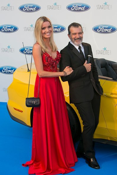 Nicole Kimpel and Antonio Banderas at the Starlite Gala on August 11, 2018 in Marbella, Spain | Photo: Getty Images