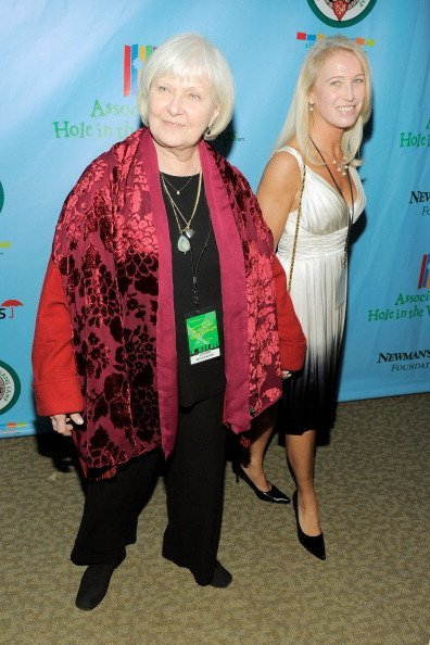 Joanne Woodward and Clea Newman Soderlund at Avery Fisher Hall, Lincoln Center on October 21, 2010 in New York City | Photo: Getty Images