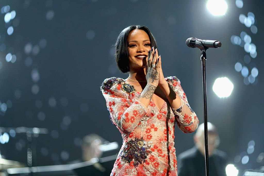 Singer Rihanna performs onstage during the 2016 MusiCares Person of the Year honoring Lionel Richie at the Los Angeles Convention Center   Photo: Getty Images