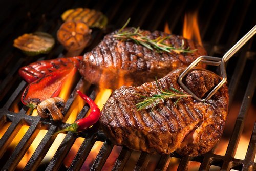 Flame grilled beef steaks. | Source: Shutterstock.