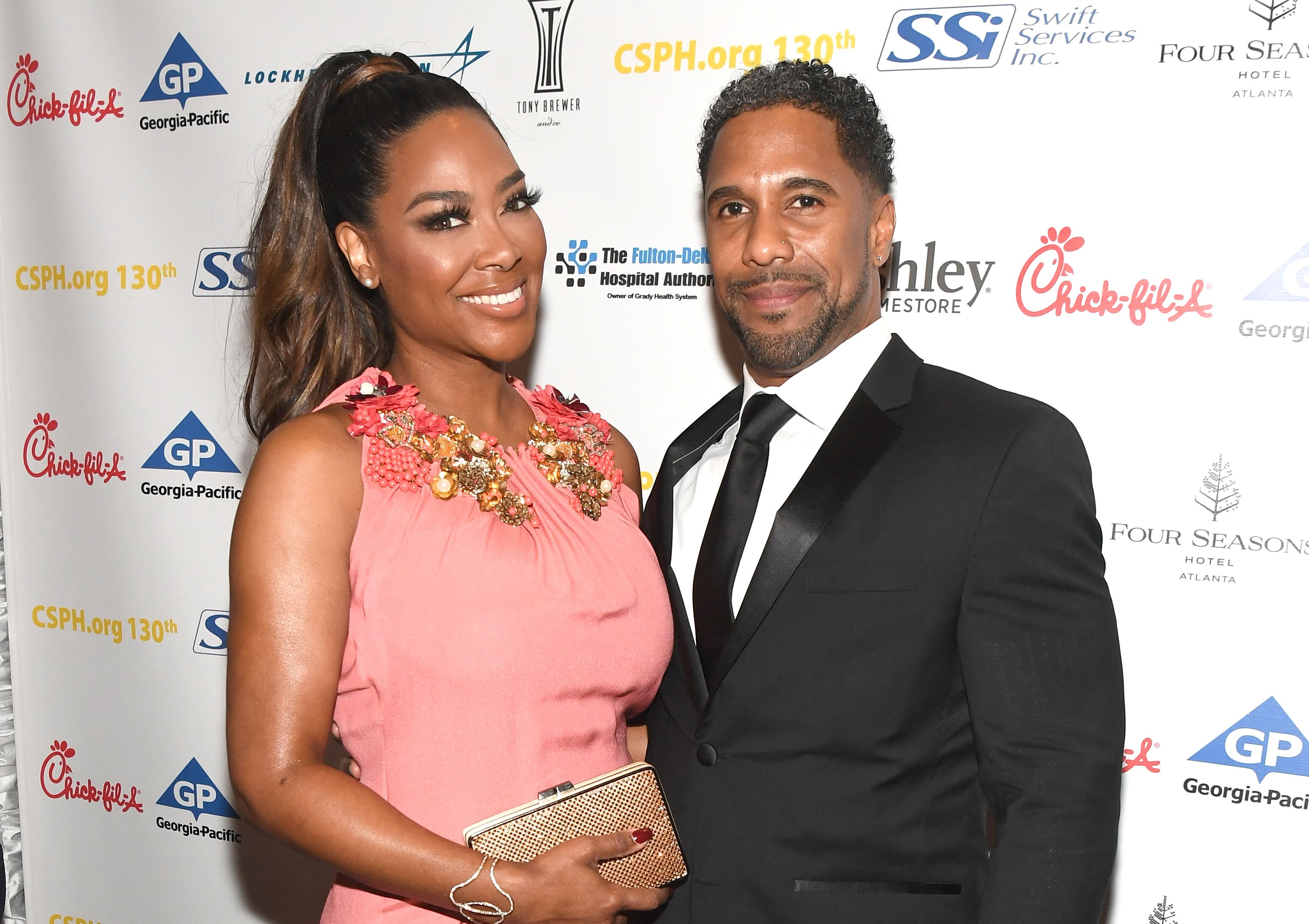 Kenya Moore and Marc Daly at Carrie Steele-Pitt Home 130th Anniversary Gala on March 24, 2018 in Atlanta | Source: Getty Images/GlobalImagesUkraine