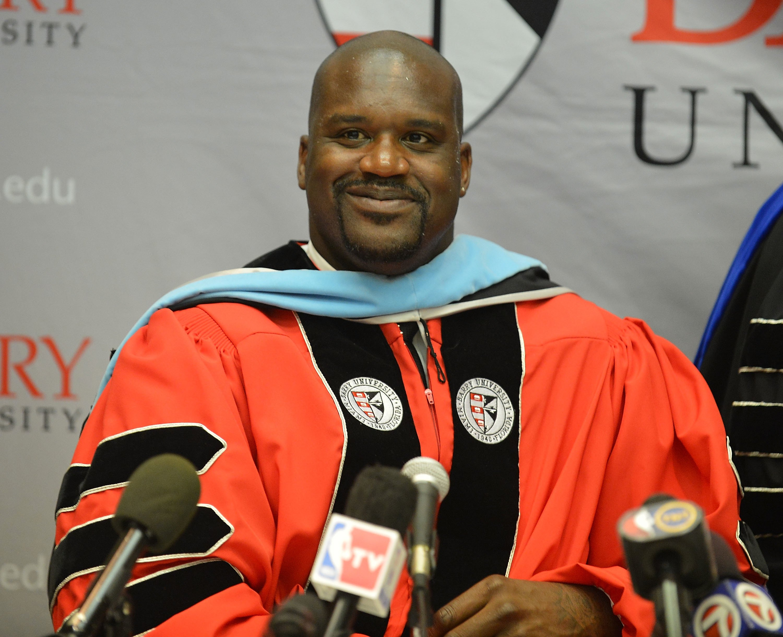 Shaq O'Neal receiving his doctorate in education from Barry University in Miami in 2012 | Source: Getty Images