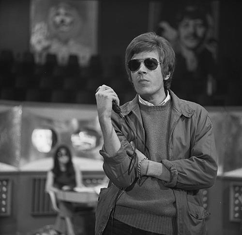 Scott Walker recording for Dutch TV programme Fenklup, 7 June 1968 | Photo: Wikimedia Commons Images