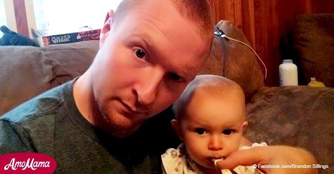 Un homme envoie des photos 'sexy' à sa femme alors qu'il se trouve seul à sa maison avec leur bébé et elles deviennent virales
