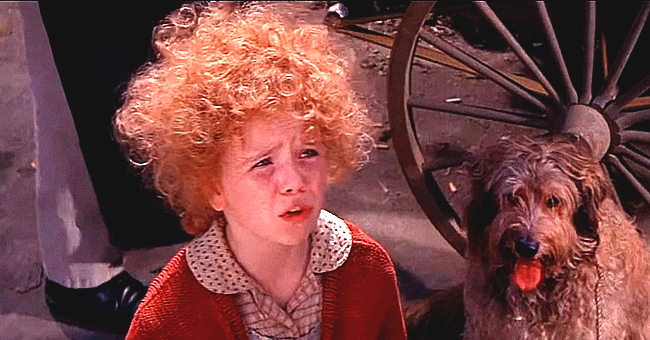 Little Girl Who Played Annie Is All Grown up and Almost Looks Unrecognizable