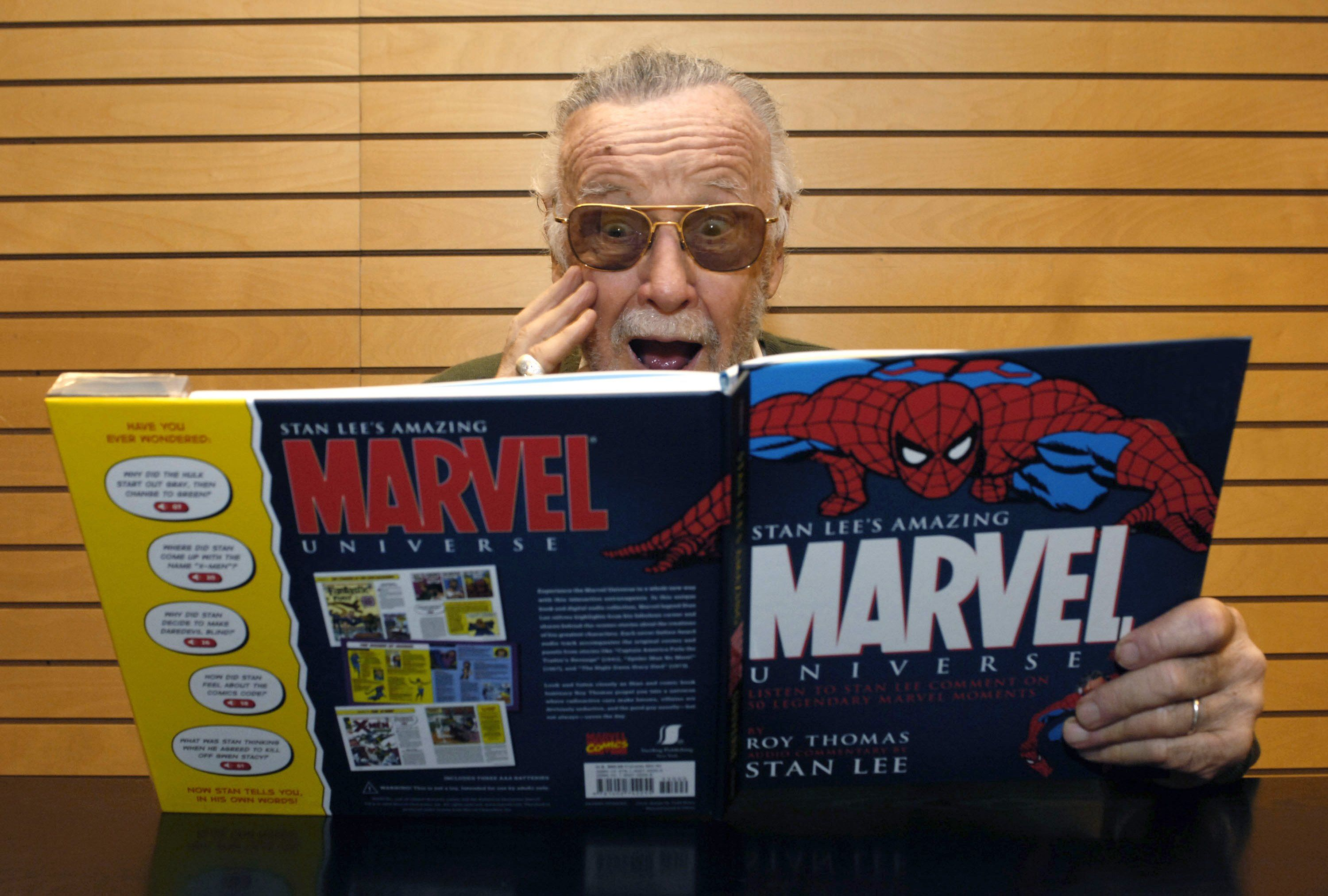 "Stan Lee at the signing copies of ""Amazing Marvel Universe"" at Barnes & Noble on December 7, 2006 in Santa Monica, California. 