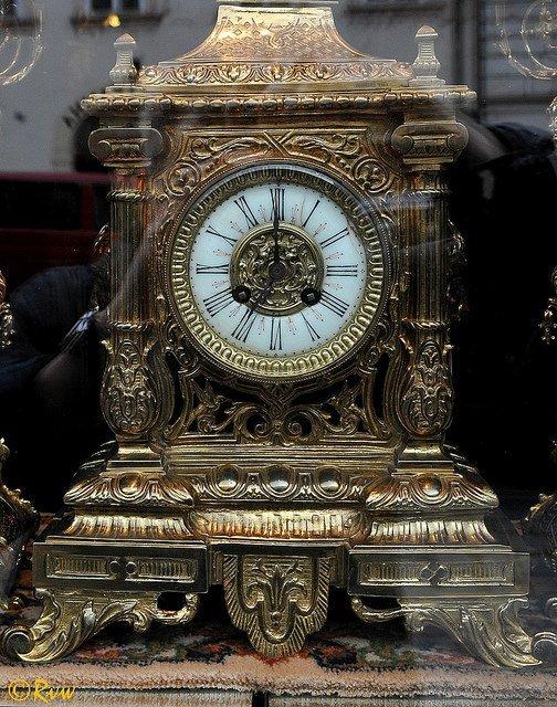 Une vieille horloge. l Source: Flickr