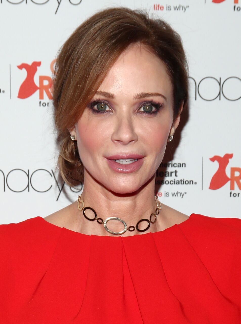 Lauren Holly attends the American Heart Association's Go Red For Women Red Dress Collection 2017. | Source: Getty Images