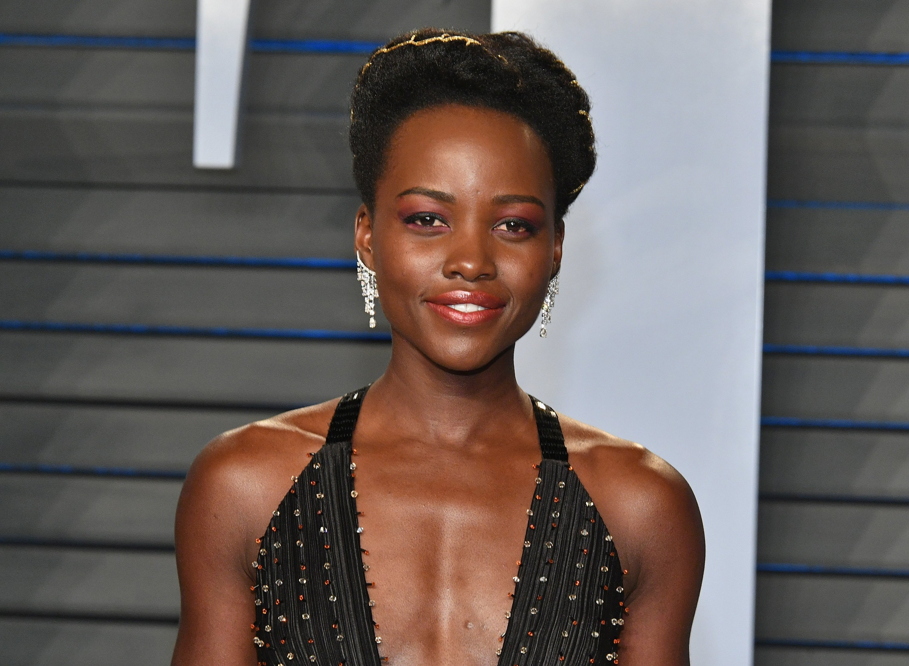 Lupita Nyong'o attends the Vanity Fair Oscar Party in Beverly Hills, California on March 4, 2018 | Photo: Getty Images