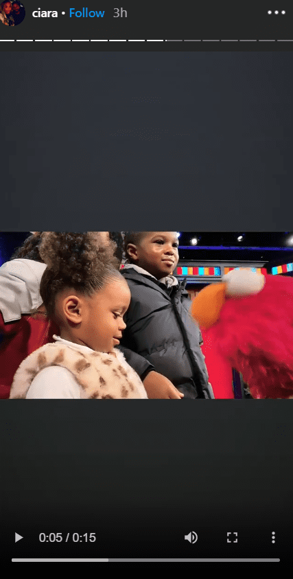 "Singer Ciara and her children Future and Sienna visit the ""Not Too Late Show"" with Elmo in 2020. I Image: Instagram/ ciara."