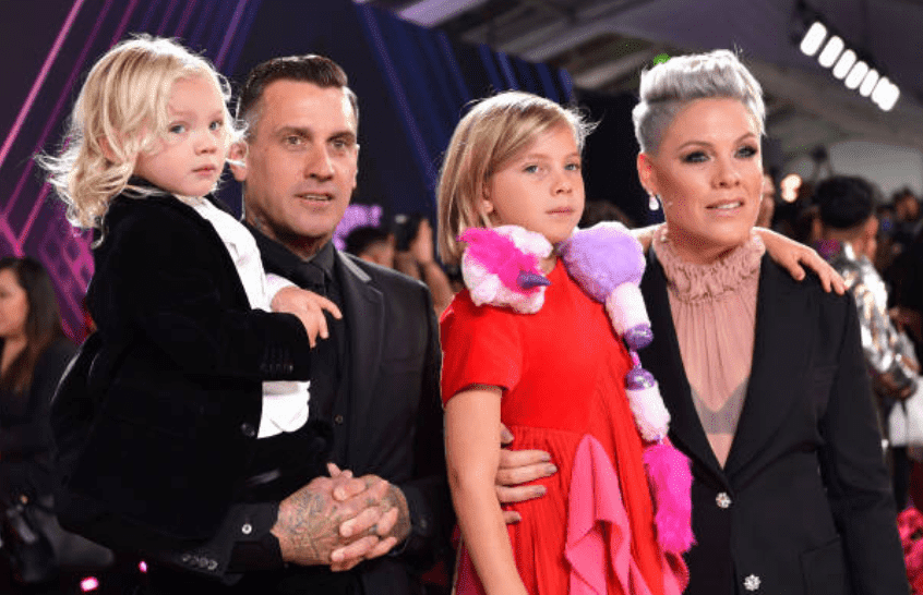 Carey Hart, Pink, Jameson Moon Hart, and Willow Sage Hart arrive on the red carpet at the 2019 E! People's Choice Awards, on November 10, 2019 | Source: Emma McIntyre/E! Entertainment/NBCU Photo Bank via Getty Images