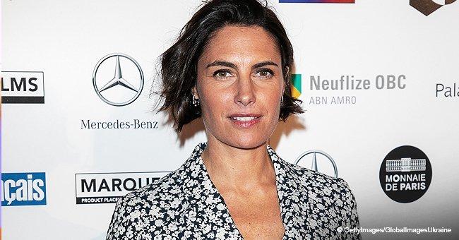 La tenue fleurie d'Alessandra Sublet est fortement critiquée et comparée à un pyjama
