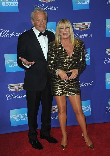 Actress Suzanne Somers and husband/producer Alan Hamel arrive for the 29th Annual Palm Springs International Film Festival Film Awards Gala held at Palm Springs Convention Center in Palm Springs | Photo: Getty Images