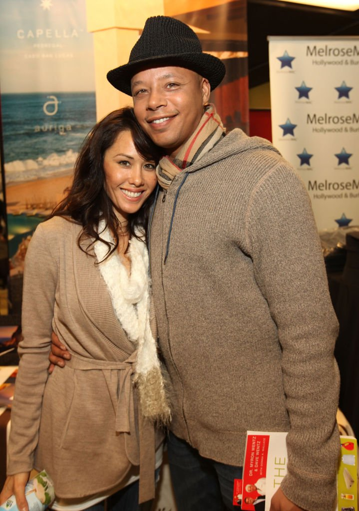 Michelle Ghent and Terrence Howard pose at the Kari Feinstein Style Lounge on January 21, 2011 in Park City, Utah | Photo: Getty Images