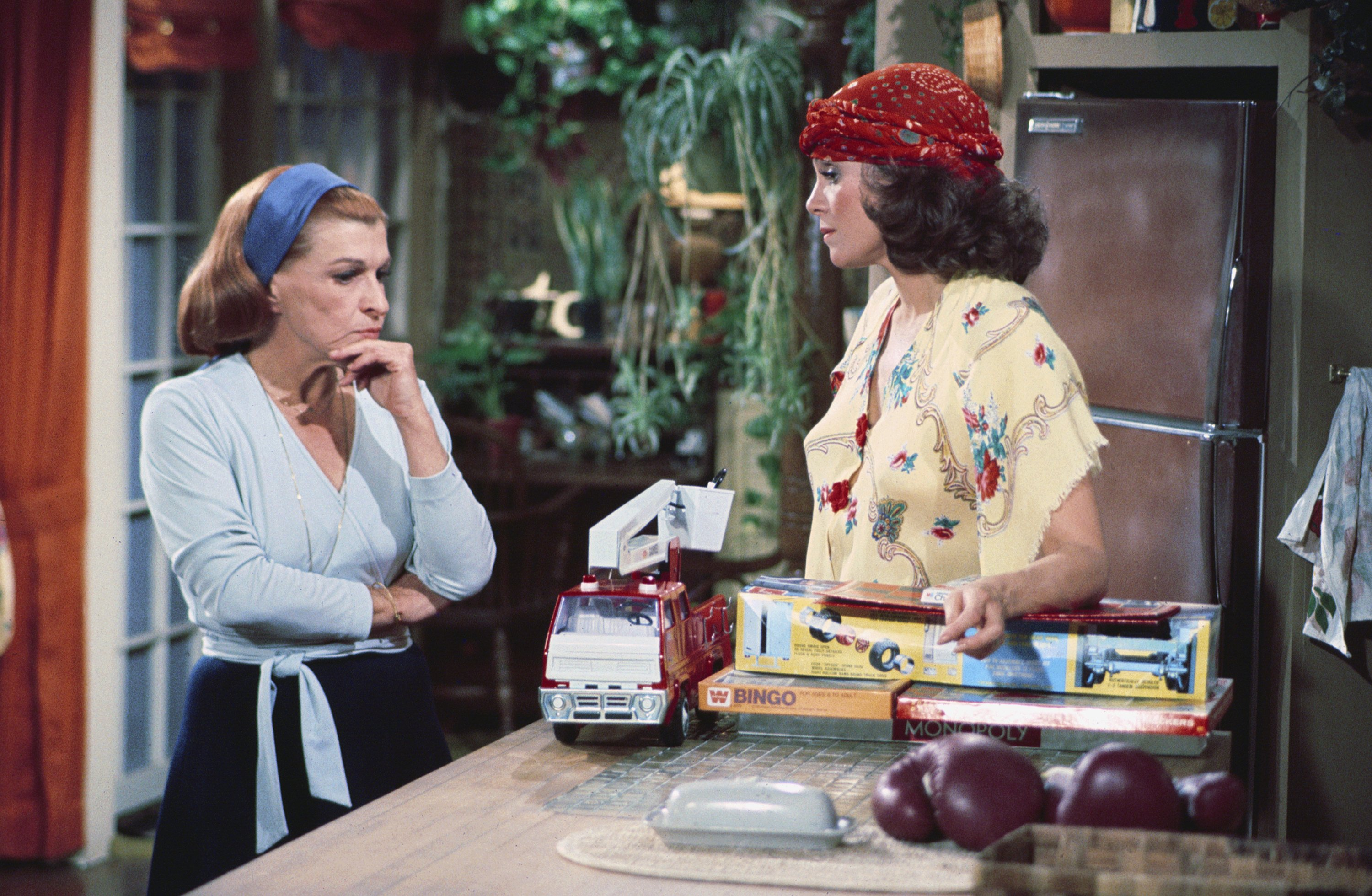 "Nancy Walker as Ida Morgenstern and Valerie Harper as Rhoda Morgenstern Gerard on the 1975 comedy series ""Rhoda."" 