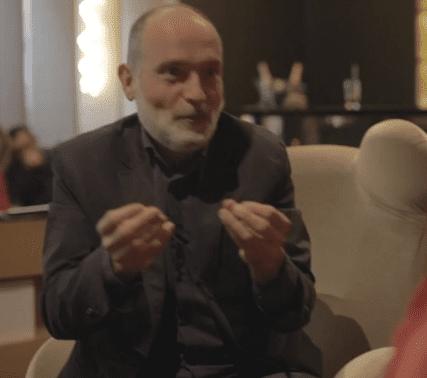 Bruno, le médium, durant son entretien avec Laurence Boccolini pour Télé Star. | dailymotion/TéléStar