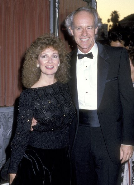 Shelley Fabares and Mike Farrell at the Second Annual Commitment to Life' Gala on September 20, 1986 | Photo: Getty Images
